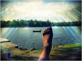 Divine foot of the lake.